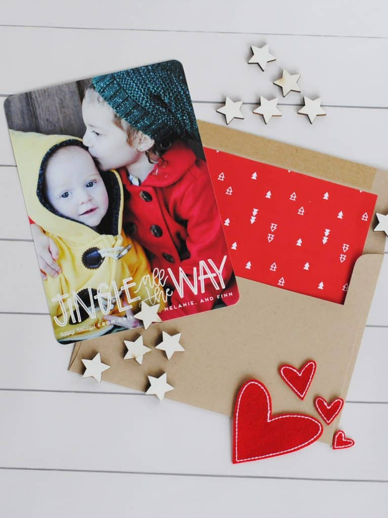 How To Create a Great Holiday Card San Antonio lifestyle blogger, shows you how to create a great holiday card with Minted. Find out more!